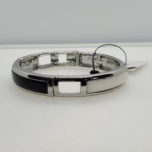 BLACK AND WHITE STRETCH BANGLE
